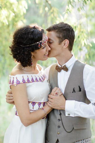 Les années folles rythment le mariage de Rym et Stéphane au Mas de Peyres