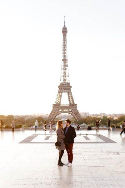 Une balade en Amoureux dans la ville lumière qu'est Paris le tout baigné par une lumière automnale dorée
