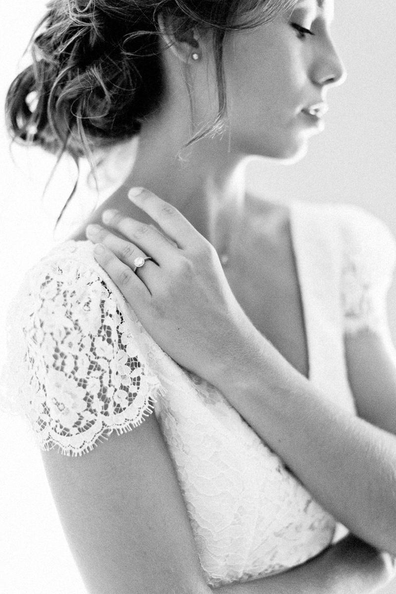 La journée d'une élégante mariée tout en douceur et naturel