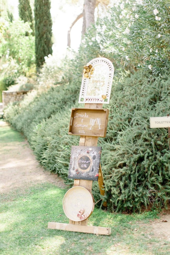Provence Fine art wedding at the Chateau de la Tour Vaucros in French Provence